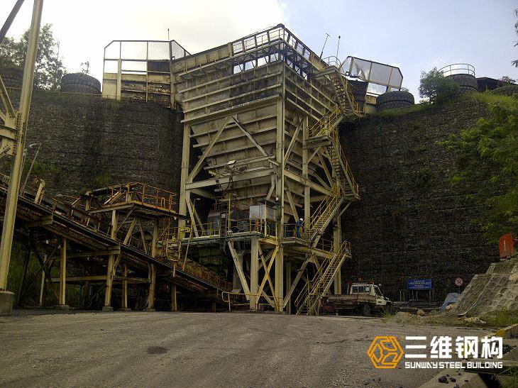 冶矿设备钢结构加工案例图2